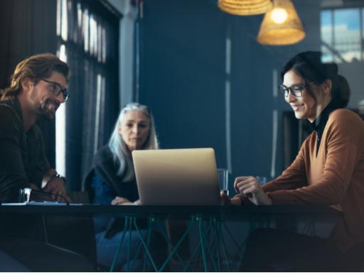 Kostnadsfri Demo av Microsoft Viva – din nya Employee Experience Platform